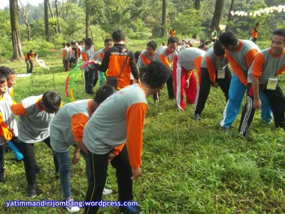 Super Camp 2014 Yatim Mandiri di Villa Pakis Pacet Mojokerto - Photo Created by Agus Siswoyo (47)